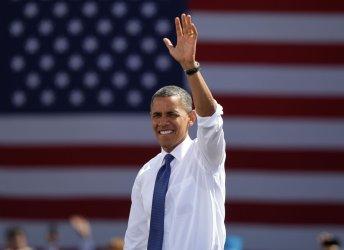 President Obama campaigns in VA