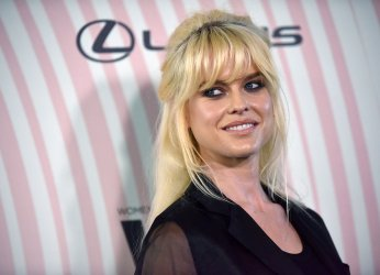 Alice Eve attends Crystal + Lucy Awards in Beverly Hills
