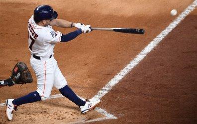 Astros Altuve singles in World Series in Houston