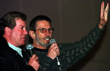 Leonard Nimoy and William Shatner greet thousands of fans at a  Star Trek Convention
