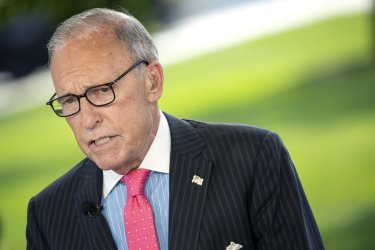 Larry Kudlow Speaks to Reporters