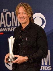 Keith Urban wins award at the Academy of Country Music Awards in Las Vegas