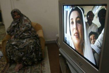 Pakistani Prime Minister Benazir Bhutto assasinated in Pakistan