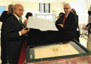 Magna Carta unveiled at the National Archives in Washington