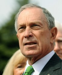 NYC Mayor Bloomberg calls for tighter background checks before gun sales in Washington