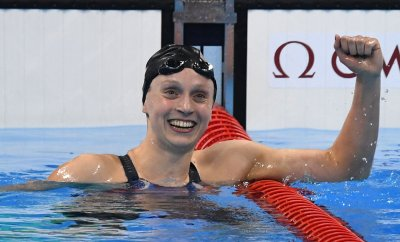 Katie Ledecky (USA) posts a gold medal record 8:04.79 in the Women's 800M Freestyle at the 2016 Rio Olympics