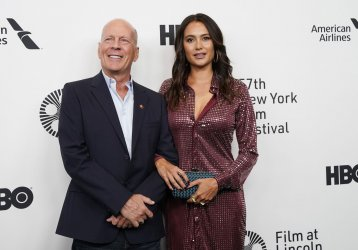 """Bruce Willis at the """"Motherless Brooklyn"""" premiere"""