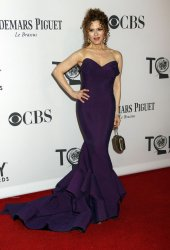Bernadette Peters arrives for the 2012 Tony Awards in New York