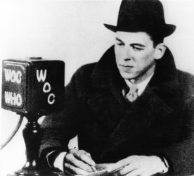 RONALD REAGAN'S FIRST JOB AS A SPORTS BROADCASTER