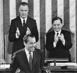 Richard Nixon delivers 1971 State of the Union Address
