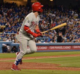 Will Smith's first career home run is a walk-off in the Dodgers' win over the Phillies in Los Angeles