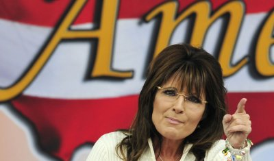 Sarah Palin speaks at Tea Party Rally in Iowa