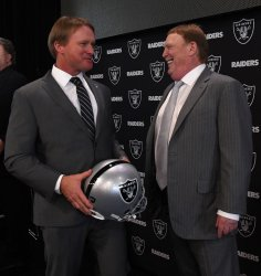 Oakland Raiders introduce new coach John Gruden