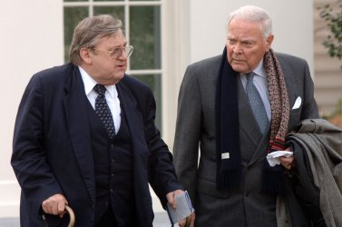 BUSH MEETS WITH FORMER SECRETARIES OF STATE, DEFENSE ON IRAQ