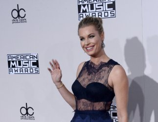 Rebecca Romijn attends the 2016 American Music Awards in Los Angeles