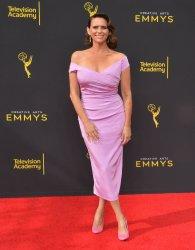 Amy Landecker attends Creative Arts Emmy Awards in Los Angeles