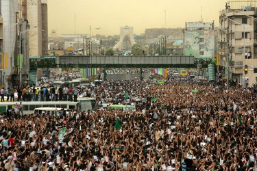 Massive Demonstration in support of Opposition Candidate in Tehran.