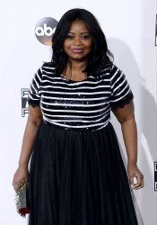 Octavia Spencer attends the 2016 American Music Awards in Los Angeles