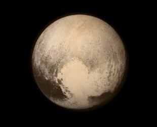 NASA's New Horizons Team Watchers the Pluto Flyby