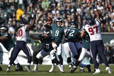 Eagles' Nick Foles throws the ball