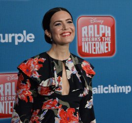 """Mandy Moore attends the """"Ralph Breaks the Internet"""" premiere in Los Angeles"""