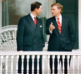 Prince Charles chats with Vice President Dan Quayle