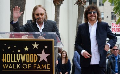 Jeff Lynne honored with star on Hollywood Walk of Fame in Los Angeles