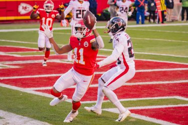 Chiefs Demarcus Robinson Catches the Go Ahead Touchdown