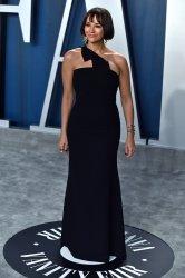 Rashida Jones attends Vanity Fair Oscar party 2020