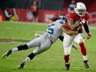 Cardinals' Johnson picks up a first down