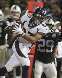 Broncos TE Noah Fant catches pass in loss to Raiders