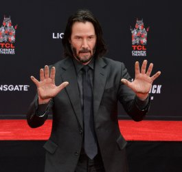 Keanu Reeves immortalized in forecourt of TCL Chinese Theatre in L.A.