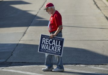 Walker and Barrett Face off in Recall Election in Wisconsin