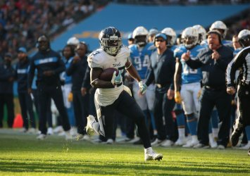 Los Angeles Chargers VS Tennessee Titans