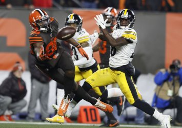 Browns Harris cant make catch against Steelers