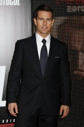 """Tom Cruise arrives for the """"Mission:Impossible Ghost Protocol"""" Premiere in New York"""