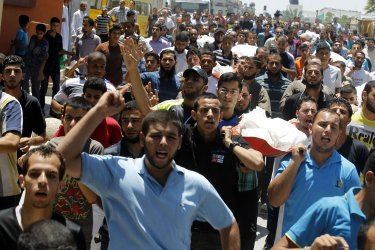 Israel Steps up its Offensive on Gaza
