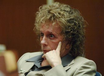 JUDGE SETS TRIAL DATE IN PHIL SPECTOR MURDER TRIAL