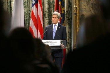 John Kerry presser in Paris