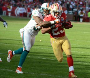 San Francisco 49ers vs Miami Dolphins in San Francisco