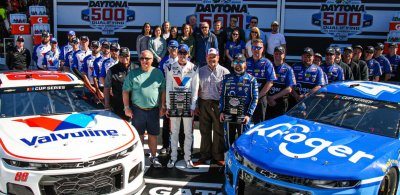 Stenhouse Wins Pole for 2020 Daytona 500