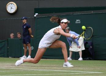 Johanna Konta defeats Sloane Stephens in third round at Wimbledon
