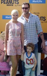 """Tori Spelling and family attend """"The Peanuts Movie"""" premiere in Los Angeles"""