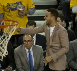 Golden State Warriors Stephen Curry watches the game