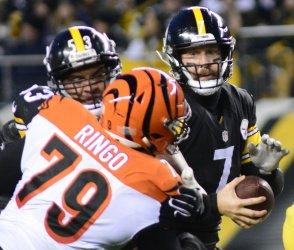 Steelers Ben Roethlisberger Passes Against  Bengals