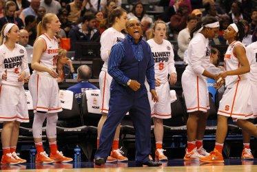 Washington vs Syracuse in the NCAA Championships