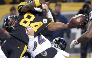 Steelers Antonio Brown Scores Winning TD Against Ravens