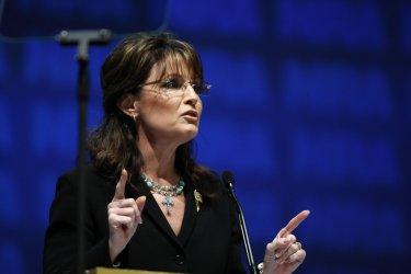 Sarah Palin speaks at National Rifle Association convention in Charlotte, North Carolina