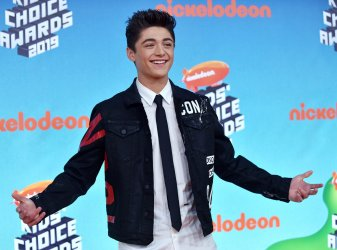 Asher Angel attends Kids' Choice Awards 2019