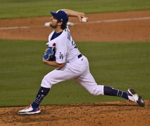 Chris Taylor's 14th-Pitch, Bases--Cearing Double Powers Dodgers Past Cardinals